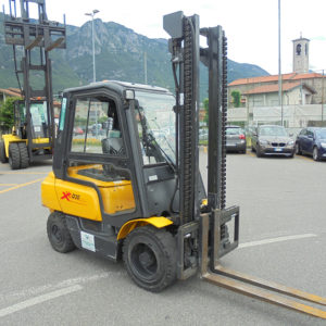 carrello-elevatore-diesel-usato-om-xd30