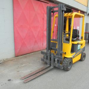 carrello-elevatore-elettrico-usato-nuova-detas-se420