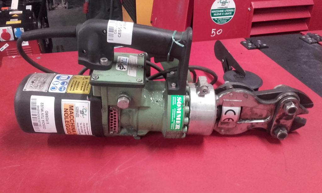 Cesoia elettrica usata per ferro tu mu usato cbl utensileria