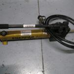 POMPA OLEODINAMICA ENERPAC P2282 – 2800 BAR USATA -2
