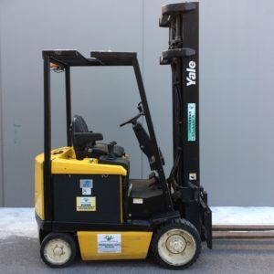 MULETTO ELETTRICO USATO YALE MOD. ERC20AGF-700V2385 (Copia) - Muletti usati Diesel,Benzina ed Elettrici a Bergamo e Brescia