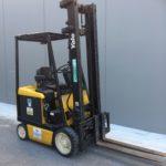 carrello-elevatore-elettrico-usato-yale-erc20agf700v2385 (2)