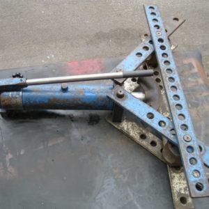 CURVATUBI USATA MANUALE OMCN MOD. RAPID T10 D - Vendita di curvatrici e piegatubi usati, curvatrice usata euring